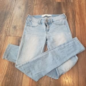 🍂🎃🍂SALE 3 FOR $20 * Abercrombie & Fitch skinny jeans The A & F Jegging
